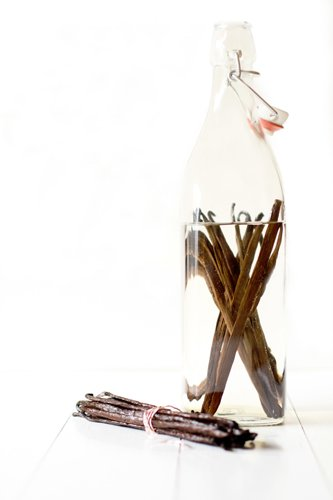 Homemade Vanilla Extract - Step 3