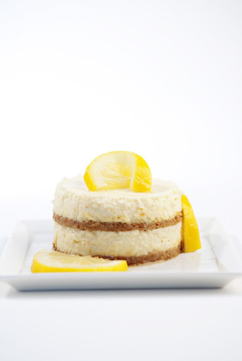 Mini Lemon Cheesecake with Vanilla Candied Lemons | Beanilla