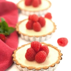 Raspberry Amaretto Cheesecake Tarts