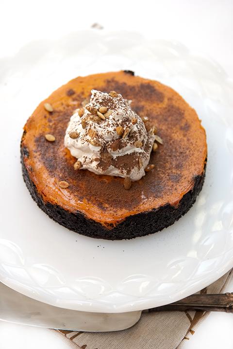 Pumpkin pie chocolate tart