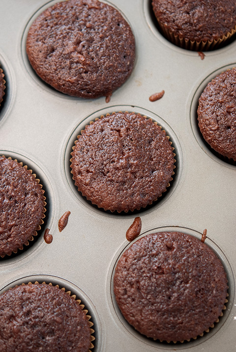 bake chocolate cup cakes