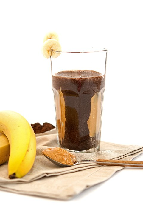 chocolate peanutbutter banana protein smoothie