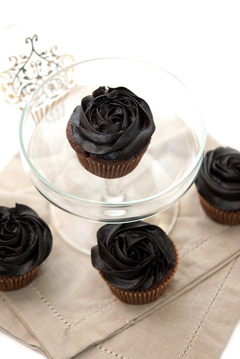 vanilla creme chocolate cupcakes recipe