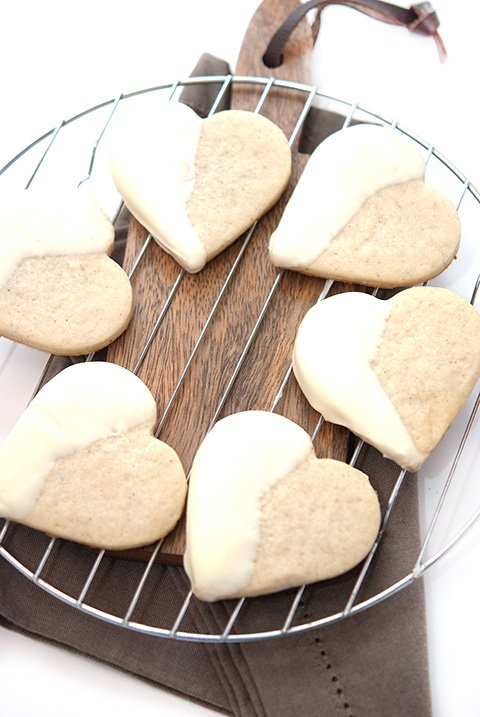 black-white-shortbread-cookies