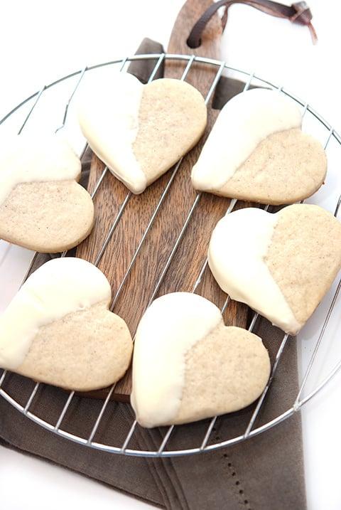 black-white-shortbread-cookies